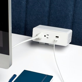 Omni 2 Power + 2 USB Port Outlet with Edge Mount Bracket,,hi-res