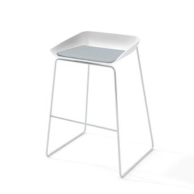 Scoop Bar Stool, Gray Seat Pad, Silver Frame